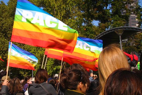 プライド/ゲイパレード セルビア 2010 【パレード編】