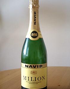 Milion White (ミリオン・スパークリングワイン・白)