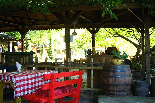 Ada Safariのレストラン