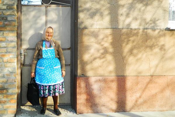 メルヘンチックな色彩が美しい街 - コバチツァ (バスでのアクセス)