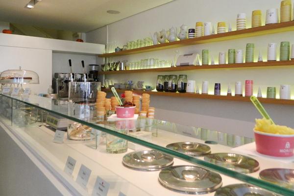 """自然な材料にこだわったアイスクリーム店  """"Moritz Eis"""""""