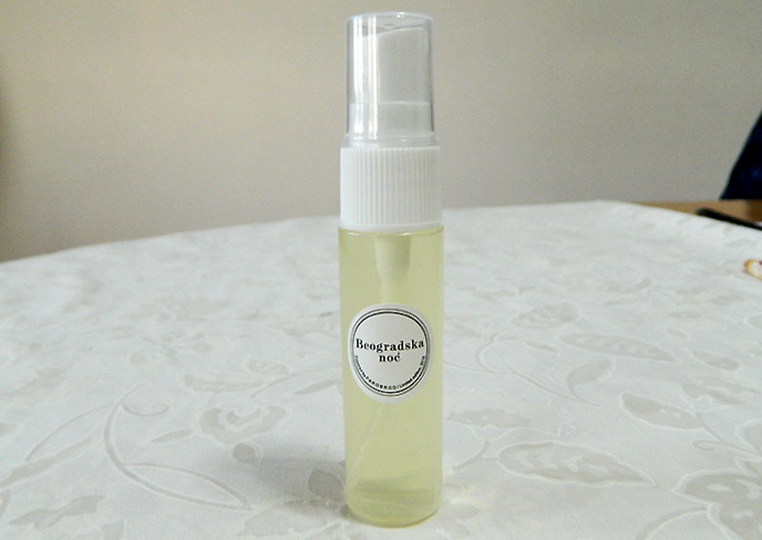香水「ベオグラードの夜」