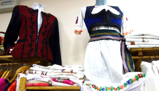 【セルビアのお土産】レースの編み物・雑貨なら